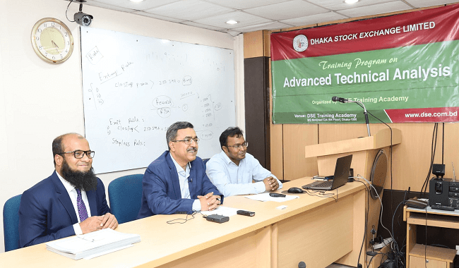 Kawser at Dhaka Stock Exchange Limited. Conducting Advanced Technical Analysis Course
